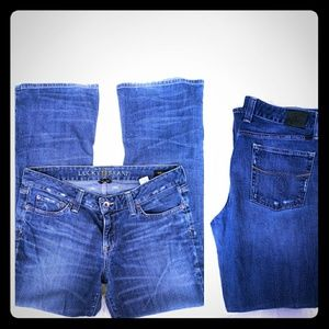 Lucky Lola 14 boot cut mid rise jeans casual blue
